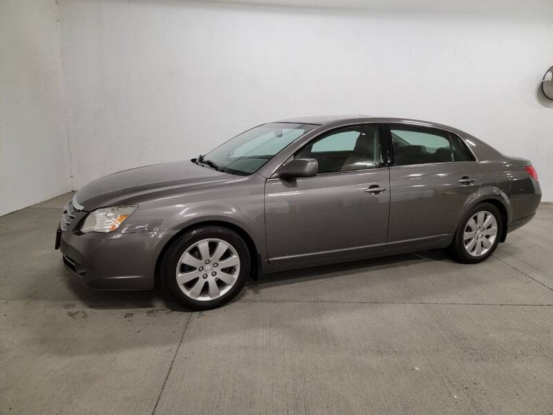 2006 Toyota Avalon for sale at Painlessautos.com in Bellevue WA