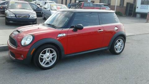 2009 MINI Cooper for sale at Nelsons Auto Specialists in New Bedford MA