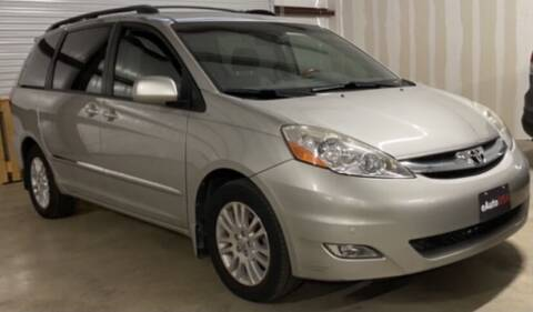 2007 Toyota Sienna for sale at eAuto USA in New Braunfels TX