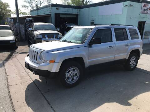 2011 Jeep Patriot for sale at Jerry & Menos Auto Sales in Belton MO