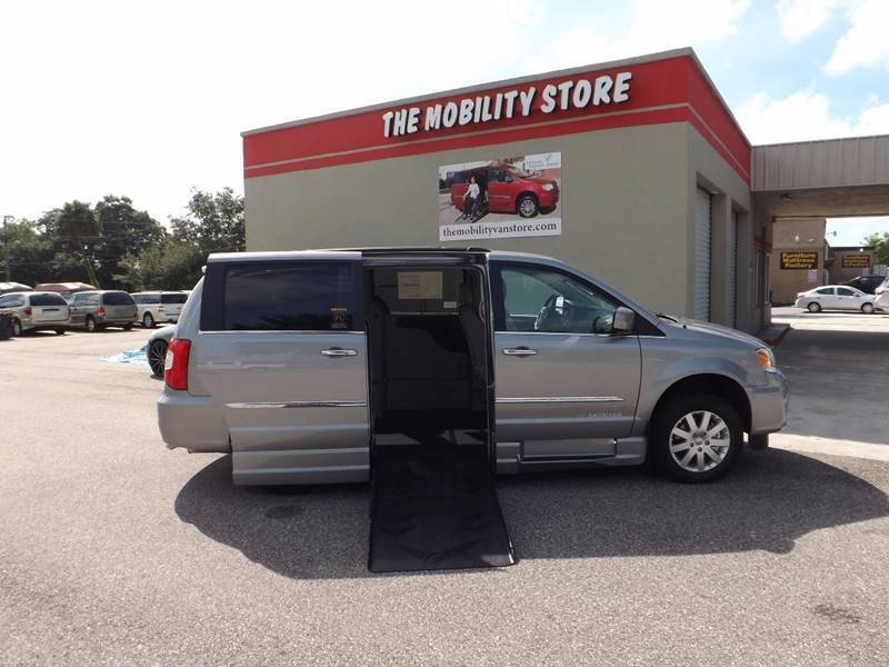 2015 Chrysler Town and Country Touring-L 4dr Mini-Van - Lakeland FL