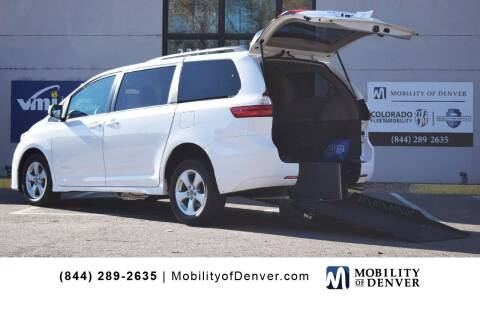 2018 Toyota Sienna for sale at CO Fleet & Mobility in Denver CO