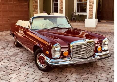 1971 Mercedes-Benz 280 SE 3.5 Cabriolet for sale at Gullwing Motor Cars Inc in Astoria NY