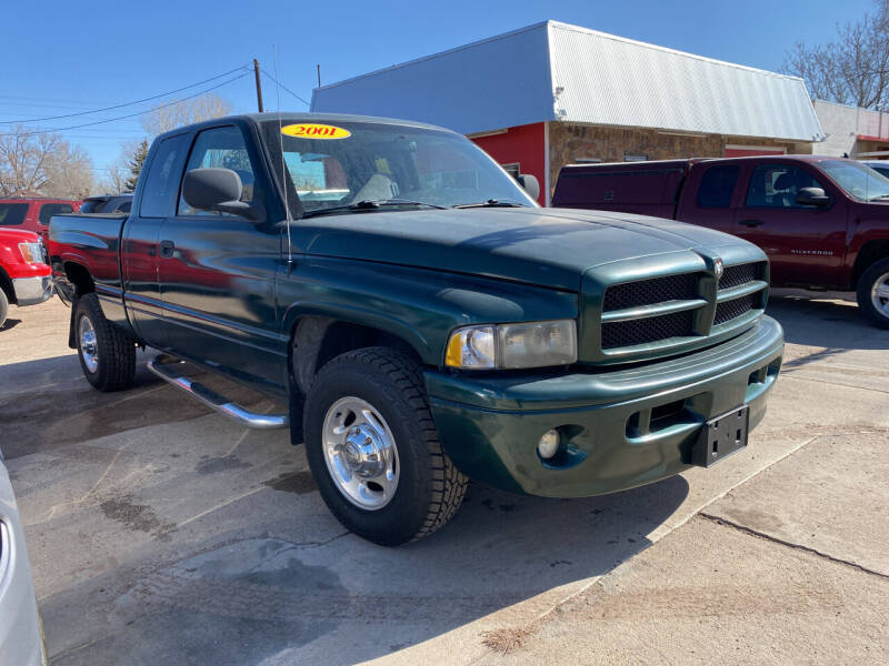 2001 Dodge Ram Pickup 2500 for sale at PYRAMID MOTORS AUTO SALES in Florence CO