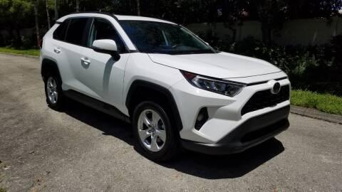 2019 Toyota RAV4 for sale at DELRAY AUTO MALL in Delray Beach FL