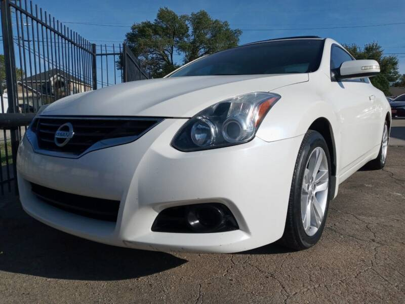 2010 Nissan Altima for sale at Auto Haus Imports in Grand Prairie TX