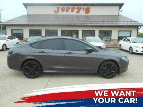 2016 Chrysler 200 for sale at Jerry's Auto Mart in Uhrichsville OH