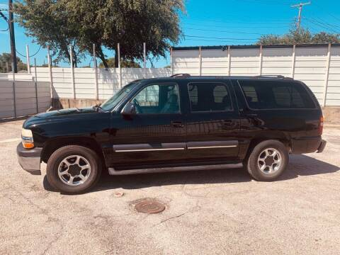 2002 Chevrolet Suburban for sale at DFW AUTO FINANCING LLC in Dallas TX