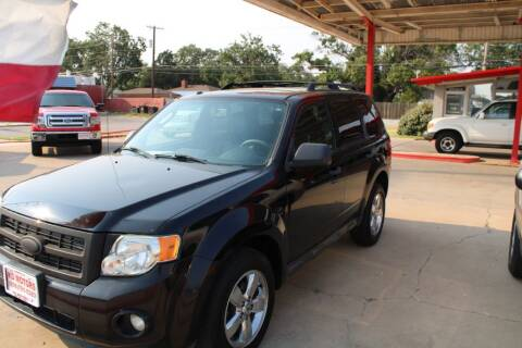 2009 Ford Escape for sale at KD Motors in Lubbock TX