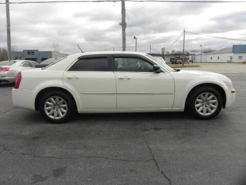 2008 Chrysler 300 for sale at Car Now in Mount Zion IL