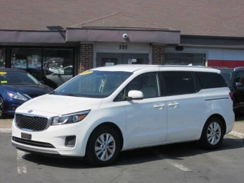 2015 Kia Sedona for sale at Lynnway Auto Sales Inc in Lynn MA
