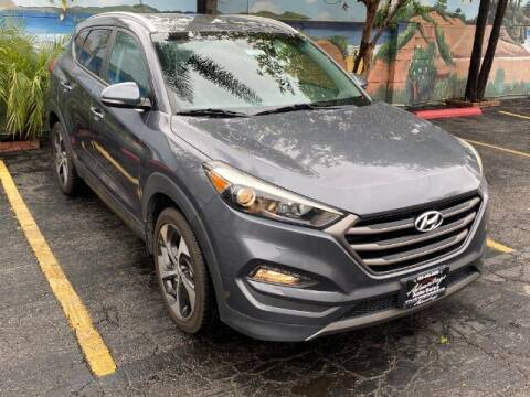 2016 Hyundai Tucson for sale at ADVANTAGE AUTO SALES INC in Bell CA