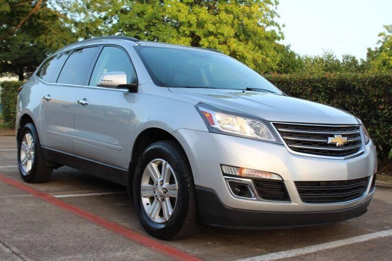 2014 Chevrolet Traverse for sale at DFW Universal Auto in Dallas TX