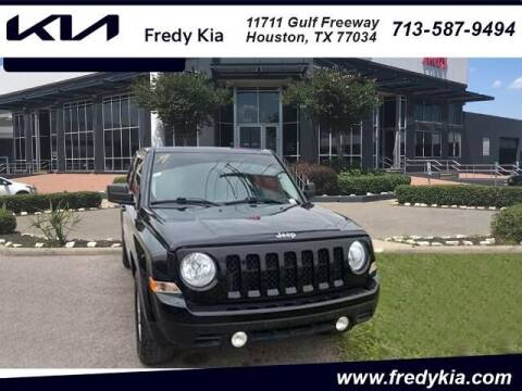 2015 Jeep Patriot for sale at FREDY KIA USED CARS in Houston TX