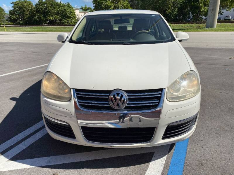 2006 Volkswagen Jetta for sale at UNITED AUTO BROKERS in Hollywood FL