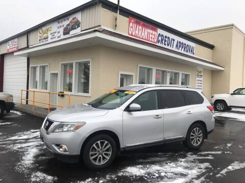 2014 Nissan Pathfinder for sale at Suarez Auto Sales in Port Huron MI