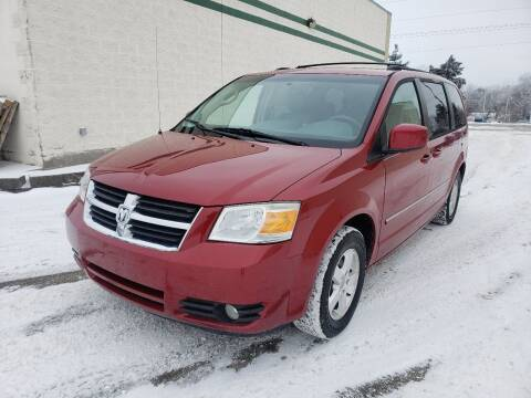 2009 Dodge Grand Caravan for sale at Auto Choice in Belton MO