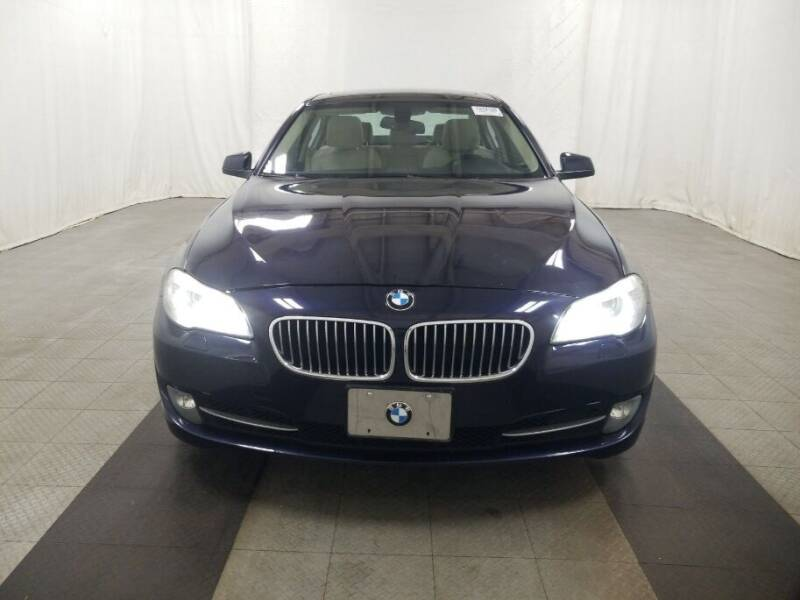 2013 BMW 5 Series for sale at NORTH CHICAGO MOTORS INC in North Chicago IL