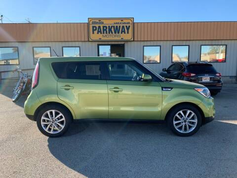 2017 Kia Soul for sale at Parkway Motors in Springfield IL