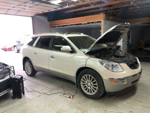 2008 Buick Enclave for sale at MARK CRIST MOTORSPORTS in Angola IN