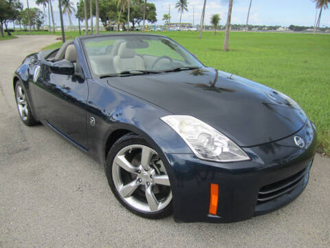 2007 Nissan 350Z for sale at FLORIDACARSTOGO in West Palm Beach FL