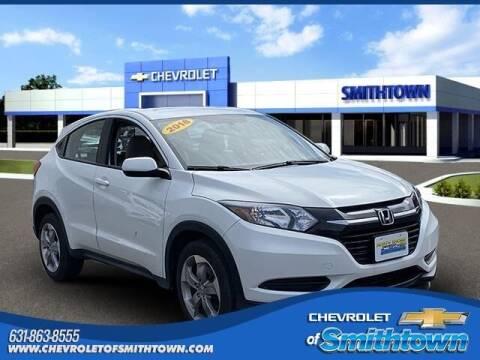 2018 Honda HR-V for sale at CHEVROLET OF SMITHTOWN in Saint James NY