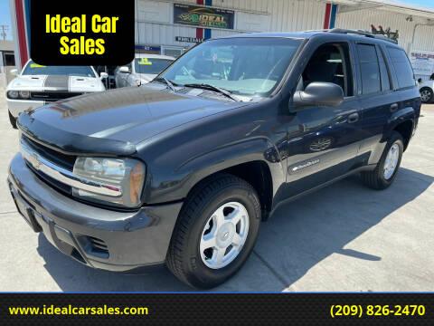 2003 Chevrolet TrailBlazer for sale at Ideal Car Sales in Los Banos CA