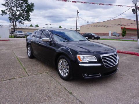 2014 Chrysler 300 for sale at BLUE RIBBON MOTORS in Baton Rouge LA