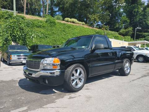 2004 GMC Sierra 1500 for sale at North Knox Auto LLC in Knoxville TN