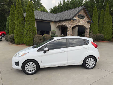 2013 Ford Fiesta for sale at Hoyle Auto Sales in Taylorsville NC