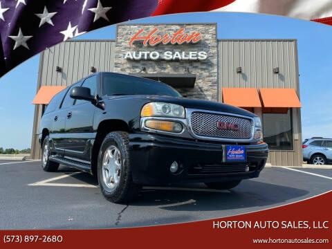 2002 GMC Yukon XL for sale at HORTON AUTO SALES, LLC in Linn MO