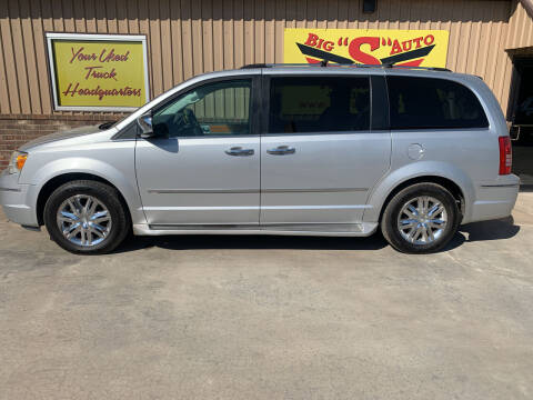 2010 Chrysler Town and Country for sale at BIG 'S' AUTO & TRACTOR SALES in Blanchard OK