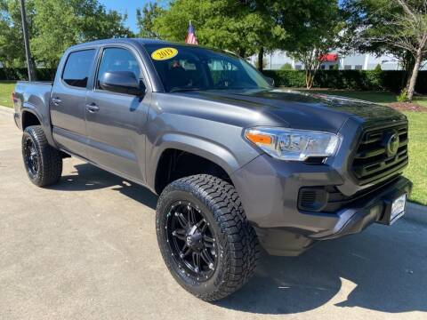2019 Toyota Tacoma for sale at UNITED AUTO WHOLESALERS LLC in Portsmouth VA