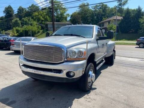 2006 Dodge Ram Pickup 3500 for sale at North Knox Auto LLC in Knoxville TN
