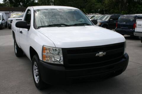 2009 Chevrolet Silverado 1500 for sale at Mike's Trucks & Cars in Port Orange FL