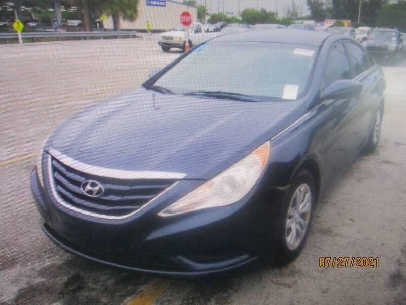 2011 Hyundai Sonata for sale in Hollywood, FL