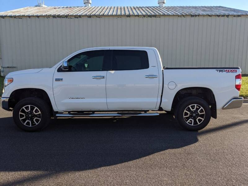 2015 Toyota Tundra for sale at TNK Autos in Inman KS