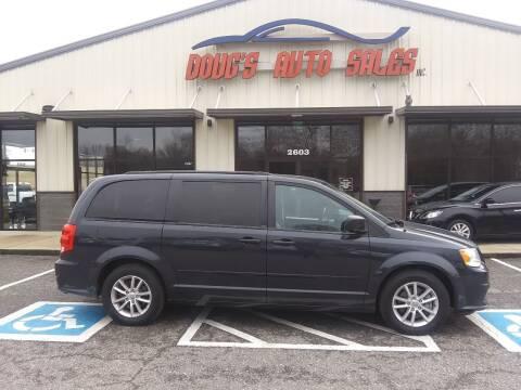 2013 Dodge Grand Caravan for sale at DOUG'S AUTO SALES INC in Pleasant View TN