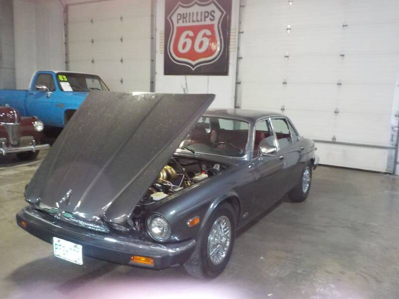 1985 Jaguar XJ-Series for sale at Route 65 Sales & Classics LLC - Classic Cars in Ham Lake MN