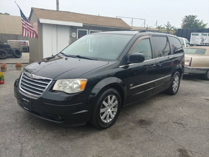 2009 Chrysler Town and Country for sale at Viking Auto Group in Bethpage NY