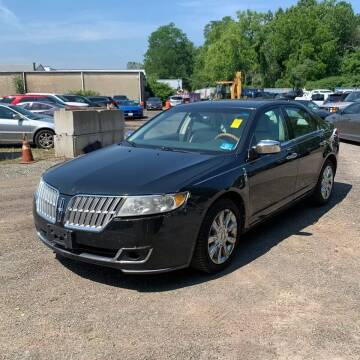 2010 Lincoln MKZ for sale at CRS 1 LLC in Lakewood NJ