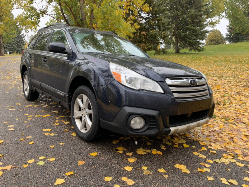 2013 Subaru Outback for sale at BELOW BOOK AUTO SALES in Idaho Falls ID