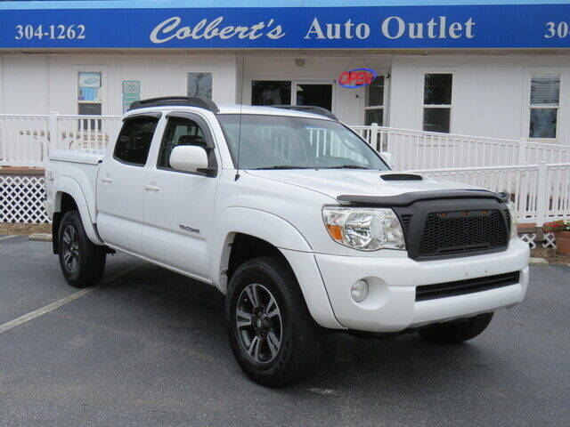 2007 Toyota Tacoma for sale at Colbert's Auto Outlet in Hickory NC