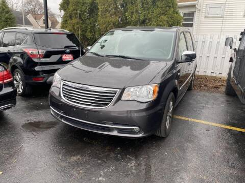 2014 Chrysler Town and Country for sale at CLASSIC MOTOR CARS in West Allis WI