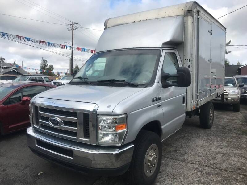 2010 Ford E-Series Chassis E-350 SD 2dr Commercial/Cutaway/Chassis 138-176 in. WB - Portland OR