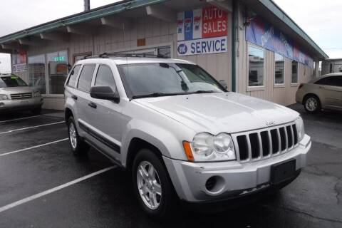 2005 Jeep Grand Cherokee for sale at 777 Auto Sales and Service in Tacoma WA
