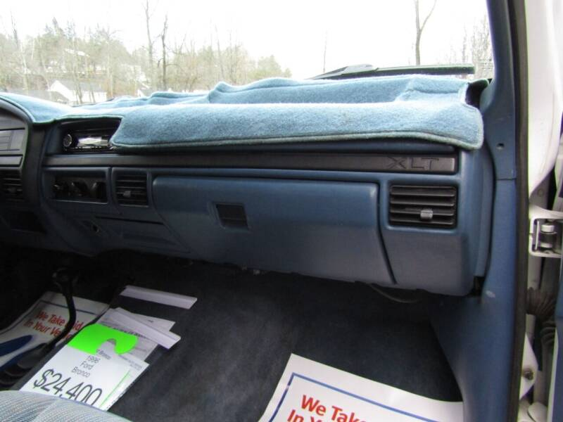1996 Ford Bronco 2dr XLT 4WD SUV - East Barre VT