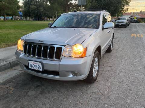2010 Jeep Grand Cherokee for sale at Fiesta Motors in Winnetka CA