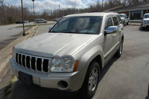 2007 Jeep Grand Cherokee for sale at Modern Motors - Thomasville INC in Thomasville NC