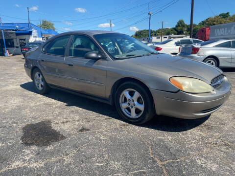 2003 Ford Taurus for sale at Dave-O Motor Co. in Haltom City TX